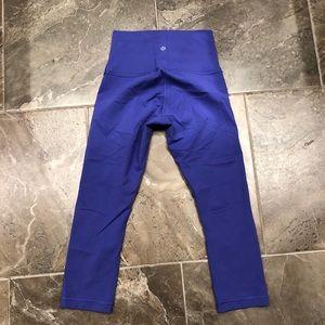 Lululemon high waisted crop leggings size 6!